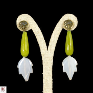 Pendientes de ágatas verdes y blancas