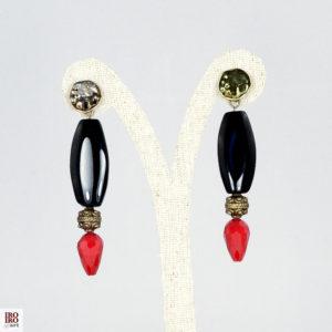Pendientes de ágatas negras y rojas