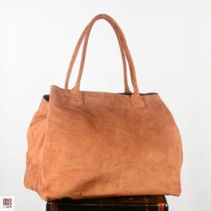 Bolso de ante color camel 01 iroiroart.com