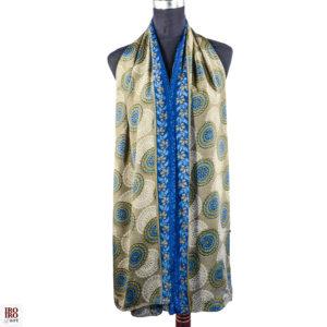 Pañuelo estampado azul y beige