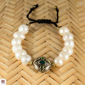 Pulsera de perlas pieza central verde