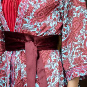 Kimono de seda turquesa y rojo sangre