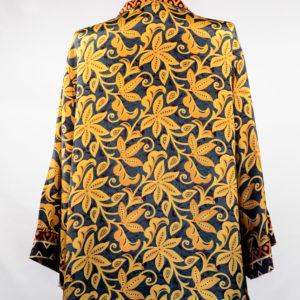 Kimono de seda gris y flores amarillas