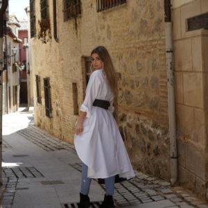 Camisa blanca desigual 08 iroiroart.com